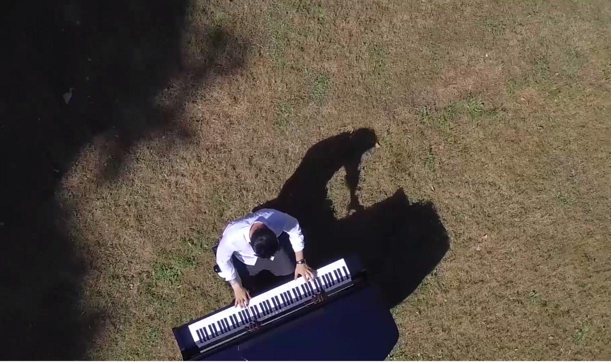 Pianiste pour château